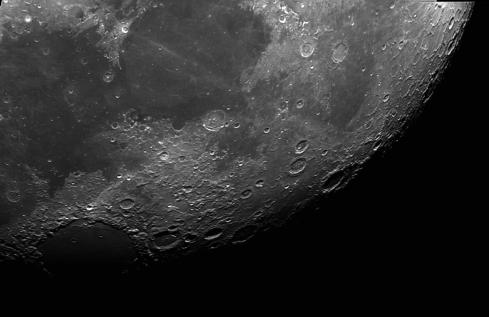 Luna -18-09-2016 Telescopio C11HD; F:10; Cámara ASI174MM-C; 1 vídeo de 60¨; Procesado: AutoStakkert y Registax.