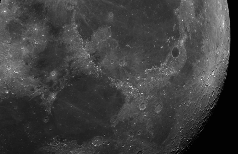 Luna- 18-09-2016 Telescopio C11HD; F:10; Cámara ASI174MM-C; 1 vídeo de 60¨; Procesado: AutoStakkert y Registax.