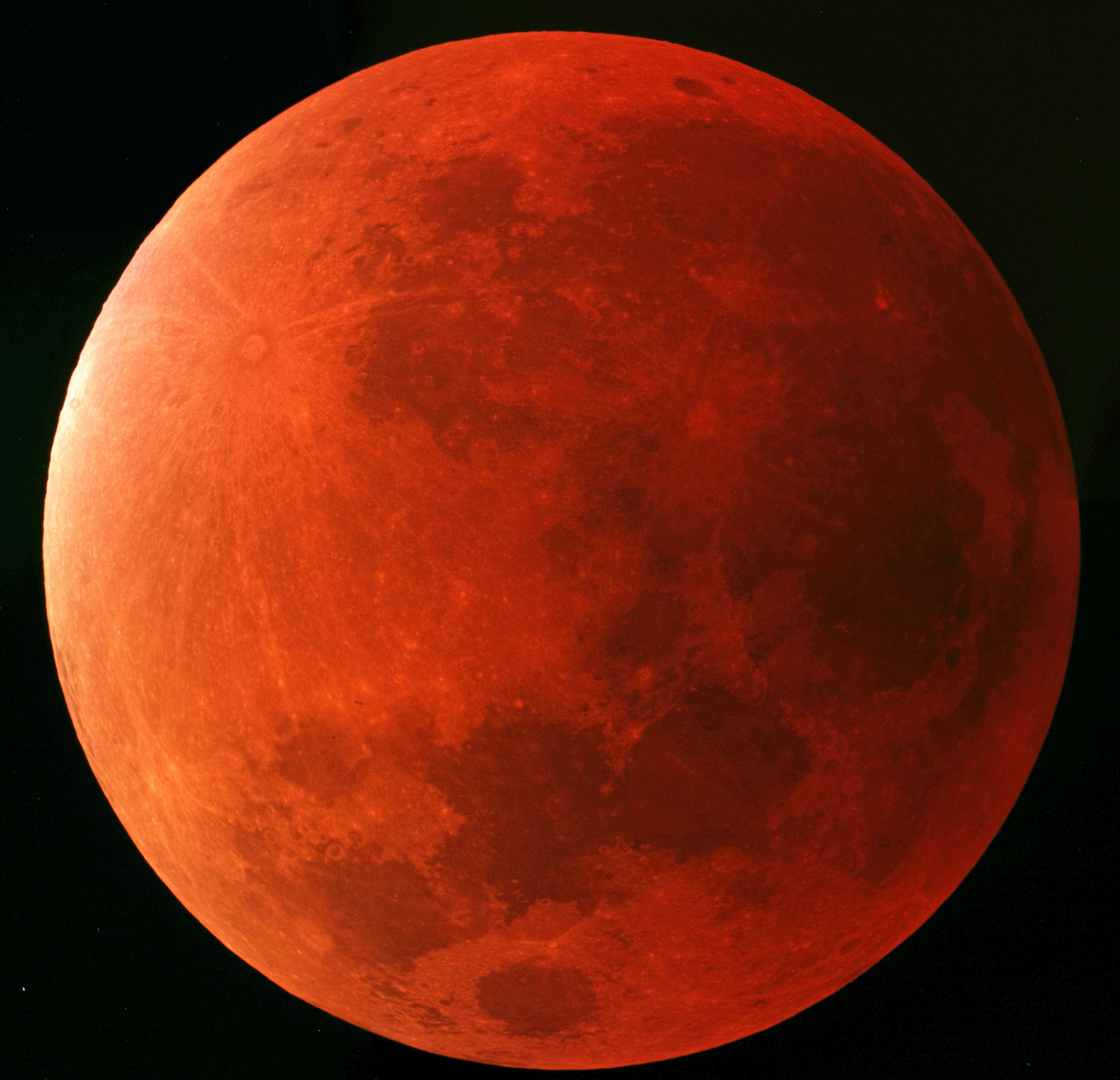 luna-eclipse-mosaico iso800-3seg-28-0915-j-Martínez