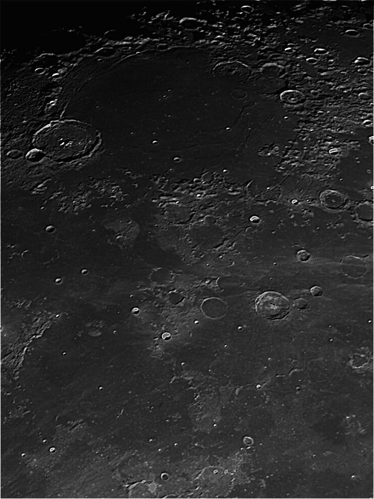 moon_192424_0000